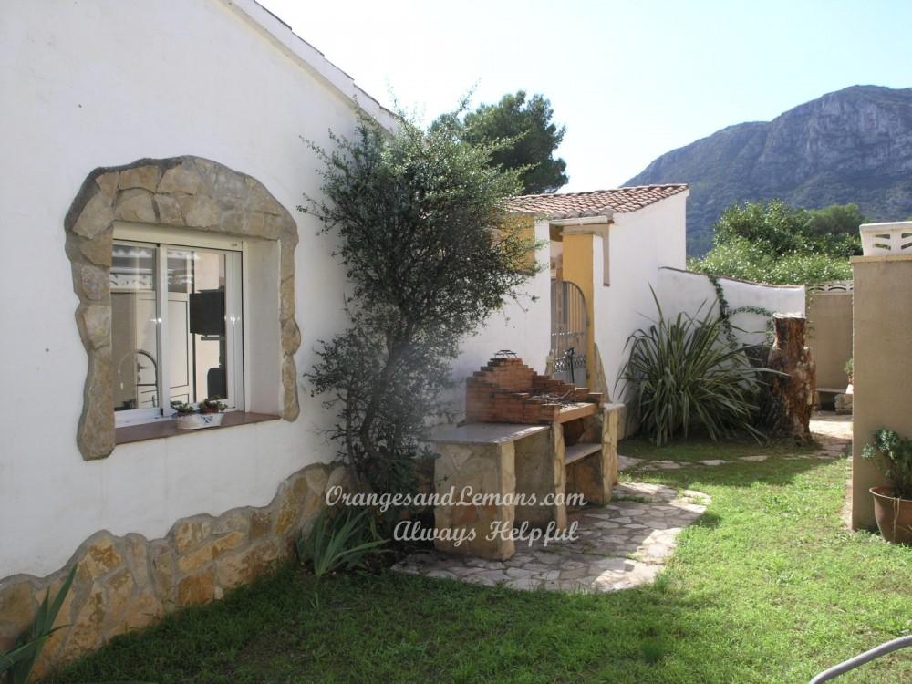 2 bed Villa For Sale in Gandia,  - 2