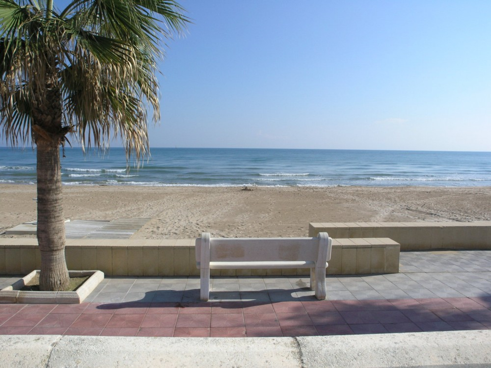3 bed Apartment For Sale in Valencia,  - 2
