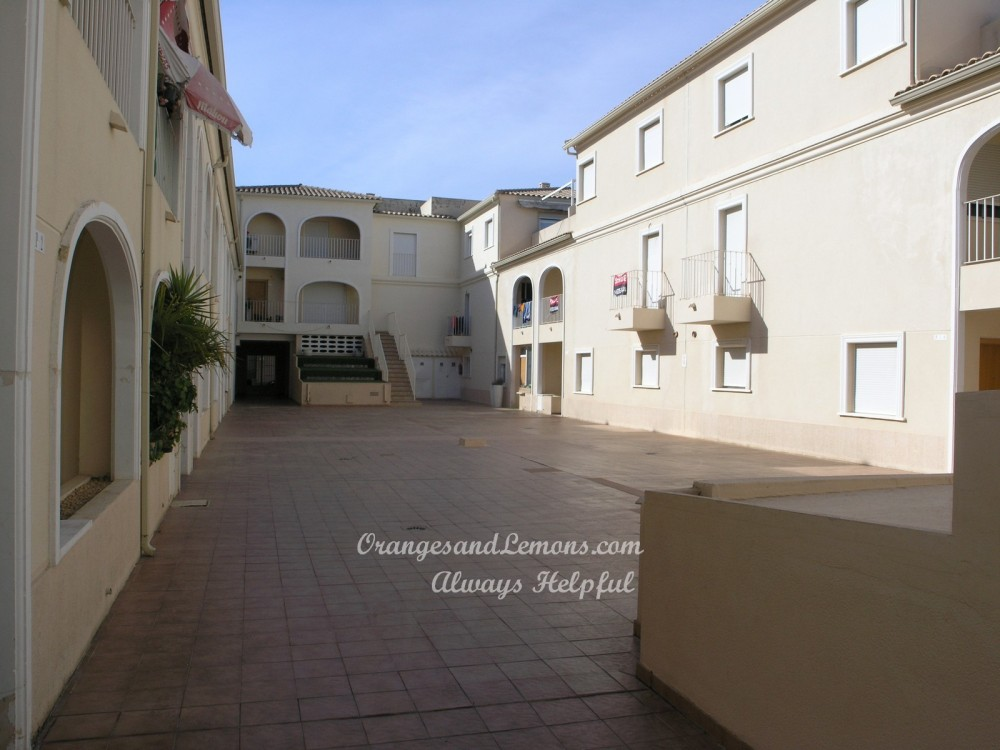 4 bed Adosado / Town House For Sale in Valencia,  - 2