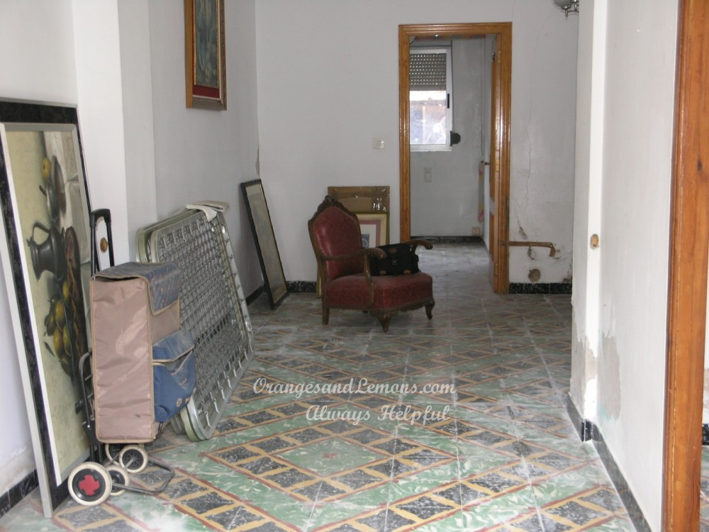 6 bed Village House For Sale in Valencia,  - 3