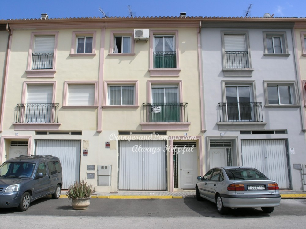 4 bed Adosado / Town House For Sale in Valencia,