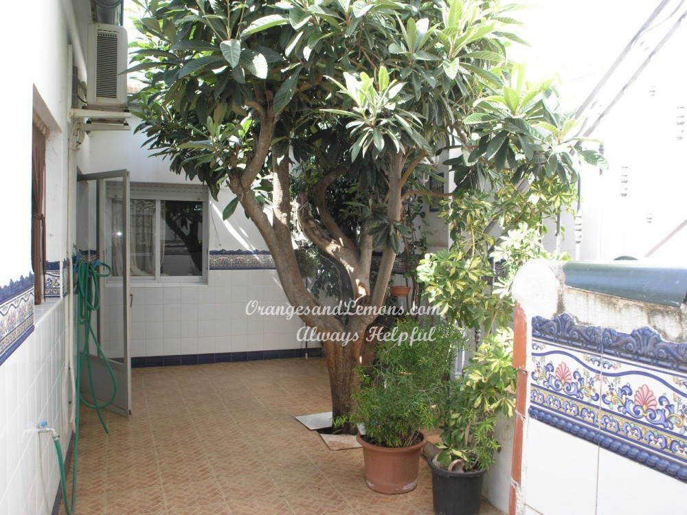 3 bed Village House For Sale in Valencia,