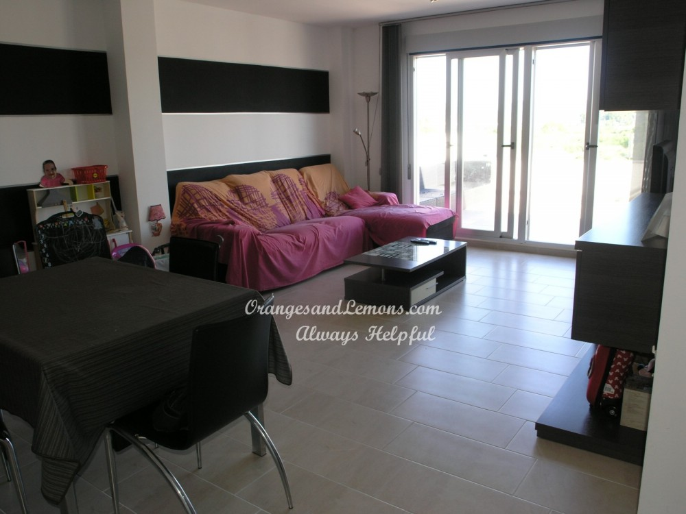 4 bed Apartment For Sale in Valencia,  - 3