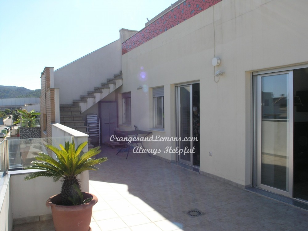 4 bed Apartment For Sale in Valencia,