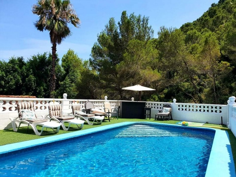 5 bed Villa For Sale in Valencia,