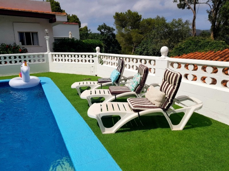5 bed Villa For Sale in Valencia,  - 2