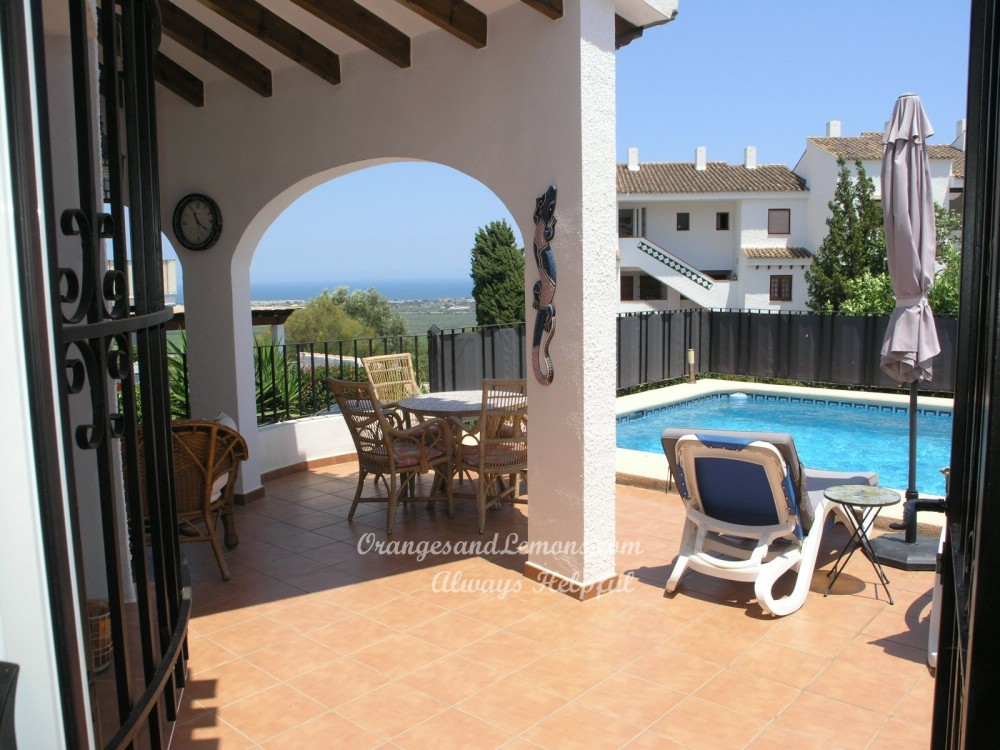2 bed Villa For Sale in Alicante,  - 3