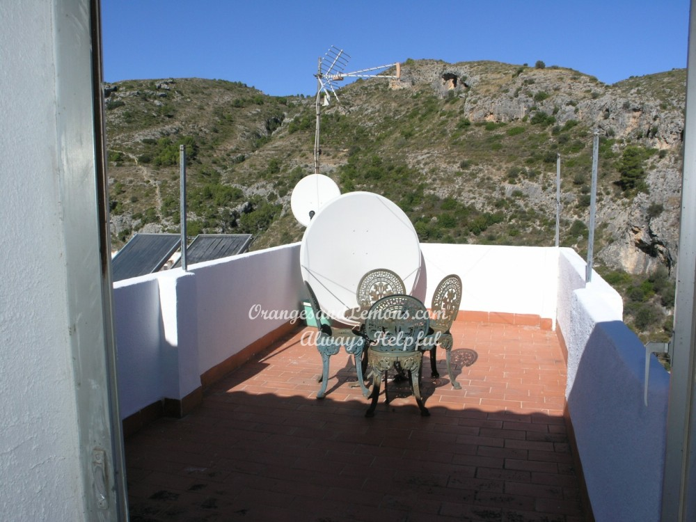 3 bed Village House For Sale in Alicante,
