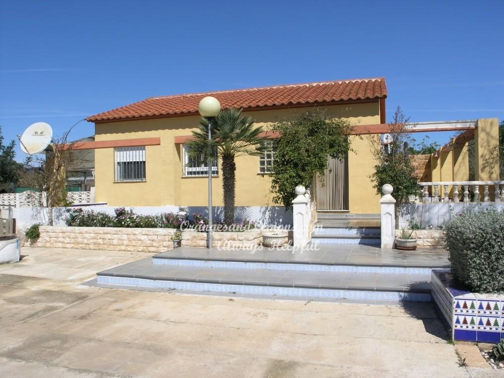 3 bed Villa For Sale in Valencia,
