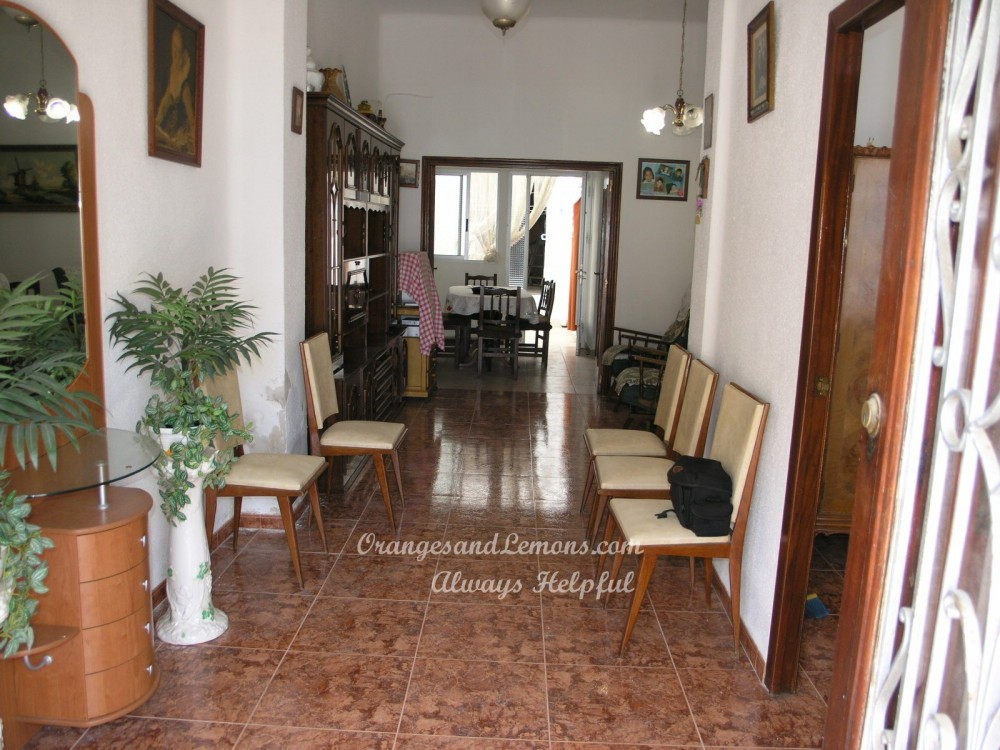 4 bed Village House For Sale in Valencia,  - 2