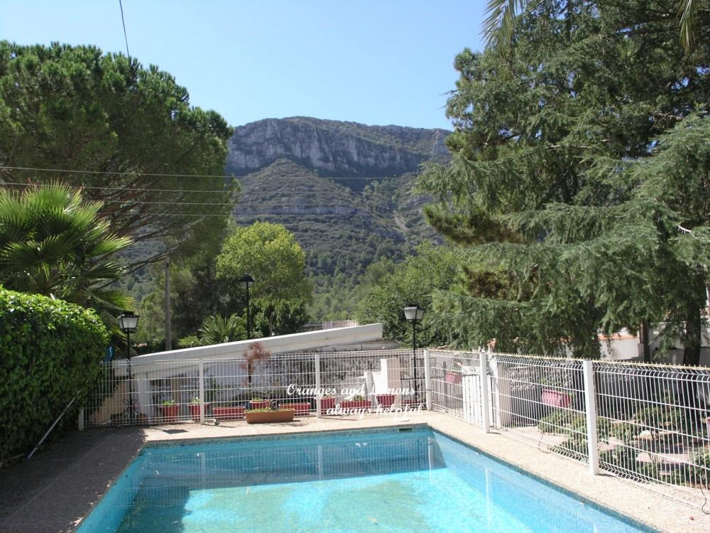 6 bed Villa For Sale in Valencia,