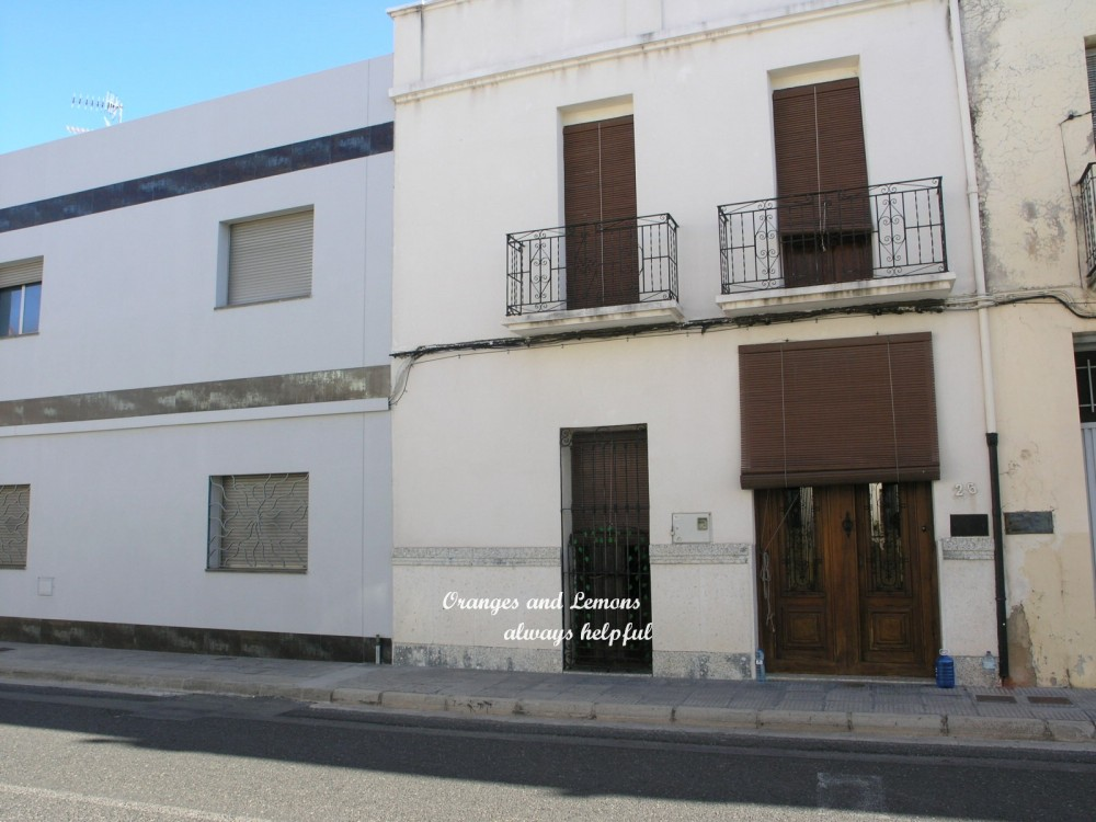 5 bed Village House For Sale in Valencia,  - 2