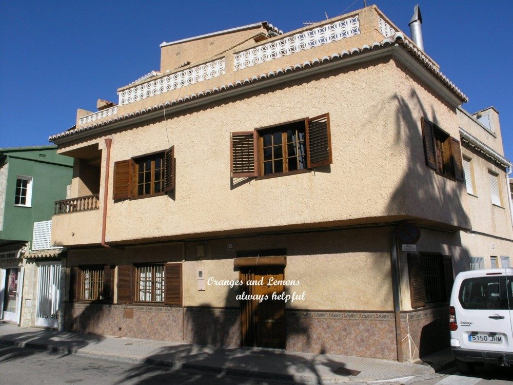 5 bed Village House For Sale in Valencia,
